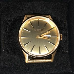 NIXON gold watch never used